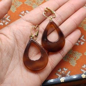 Vintage acrylic tortoise shell tear drop hoop ring